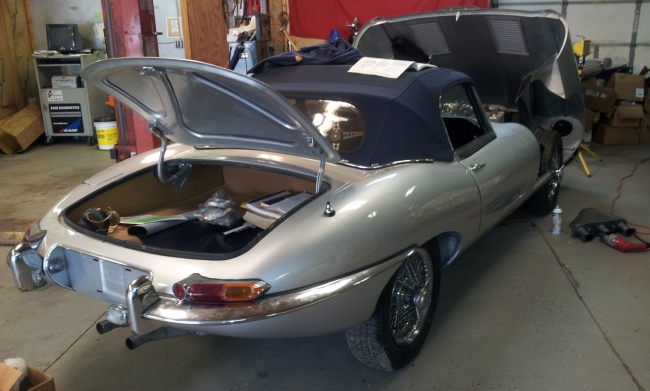1961 Jaguar XKE Series 1 Roaster_1